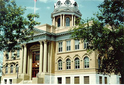 Lamoure County Courthouse.jpg