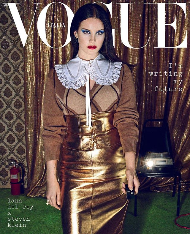 @lanadelrey ✔️ @vogueitalia ✔️ @ariannephillips and @anastasya_k ✔️ @stevenkleinstudio ✔️ and jewelry by @fernandojorge and @anakhouri ✔️✔️. Such an ✨all star ✨ line up!!