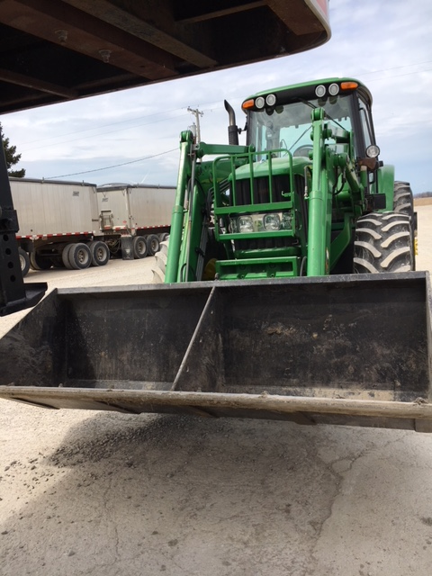 John Deere 7330 Premium Loader with Joystick Control 741 Self Leveling with 3568 Hours 1.png