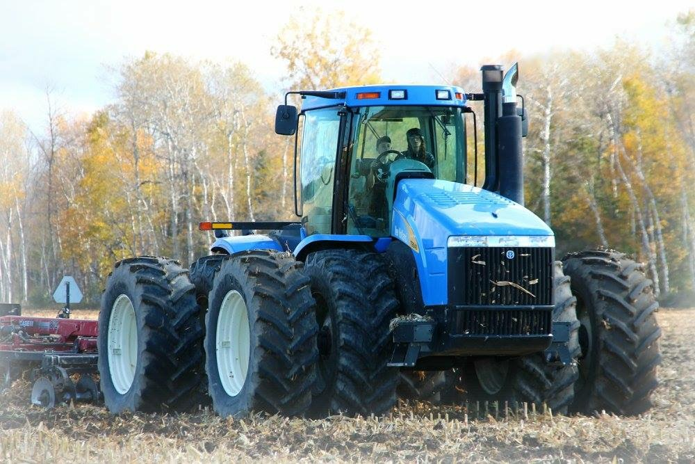 Tyson Tractor 2017 .png