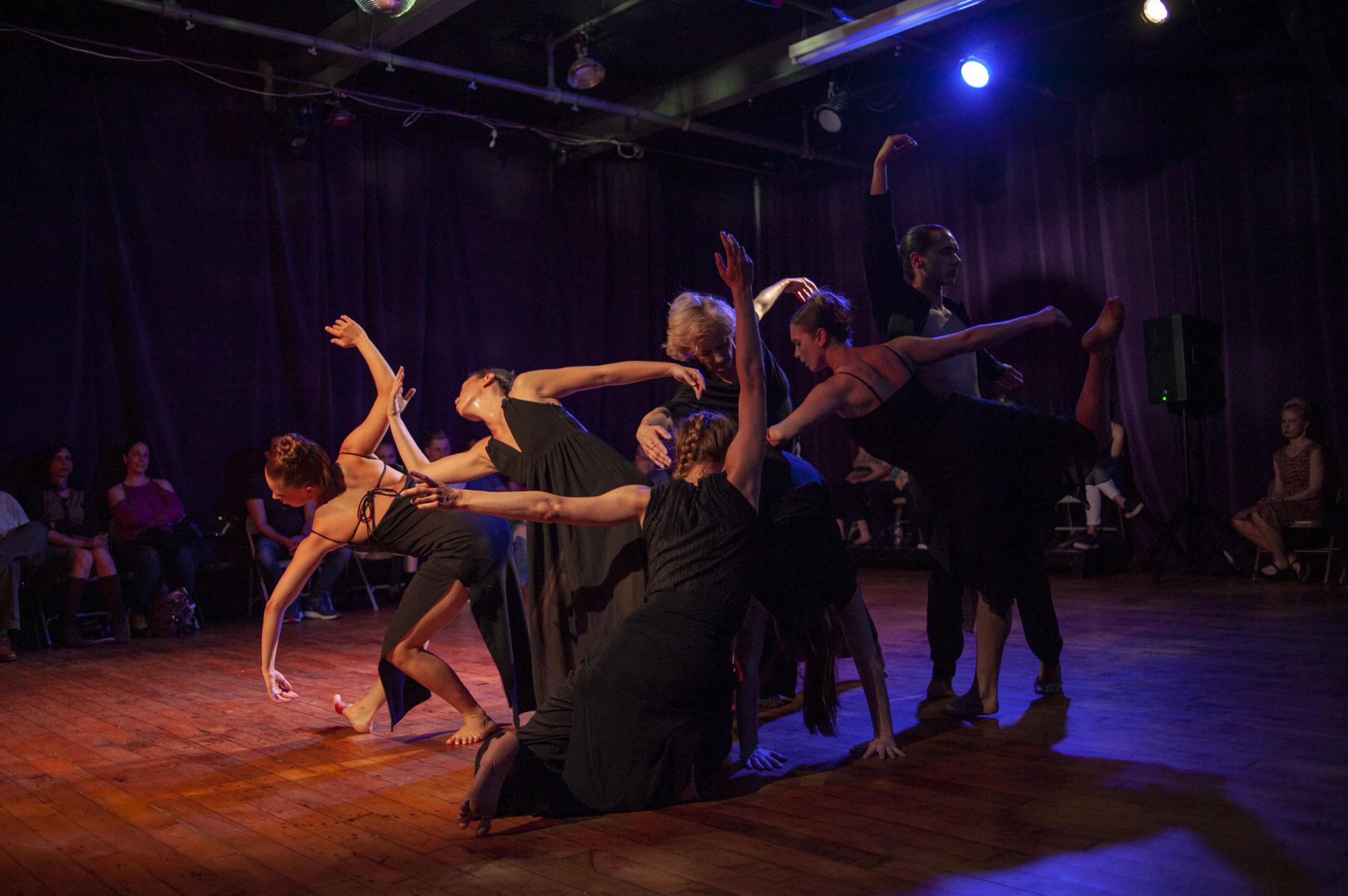 Valerie Green-Dance Entropy-Zawirowania-Dance_ 026.jpg