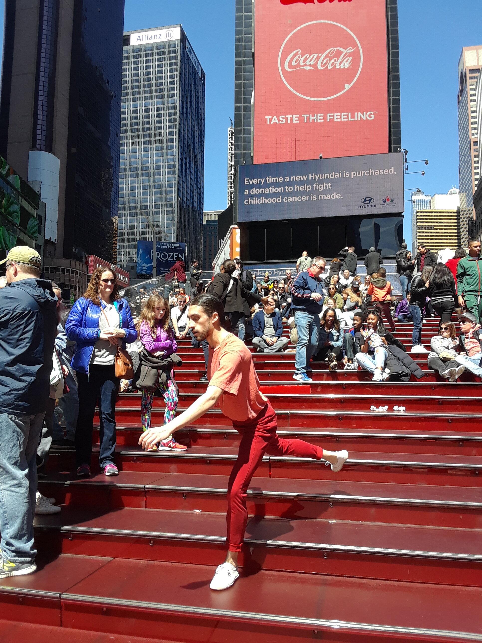 Impermanent Landscape  in Times Square. Photo by: Alex Lopez.