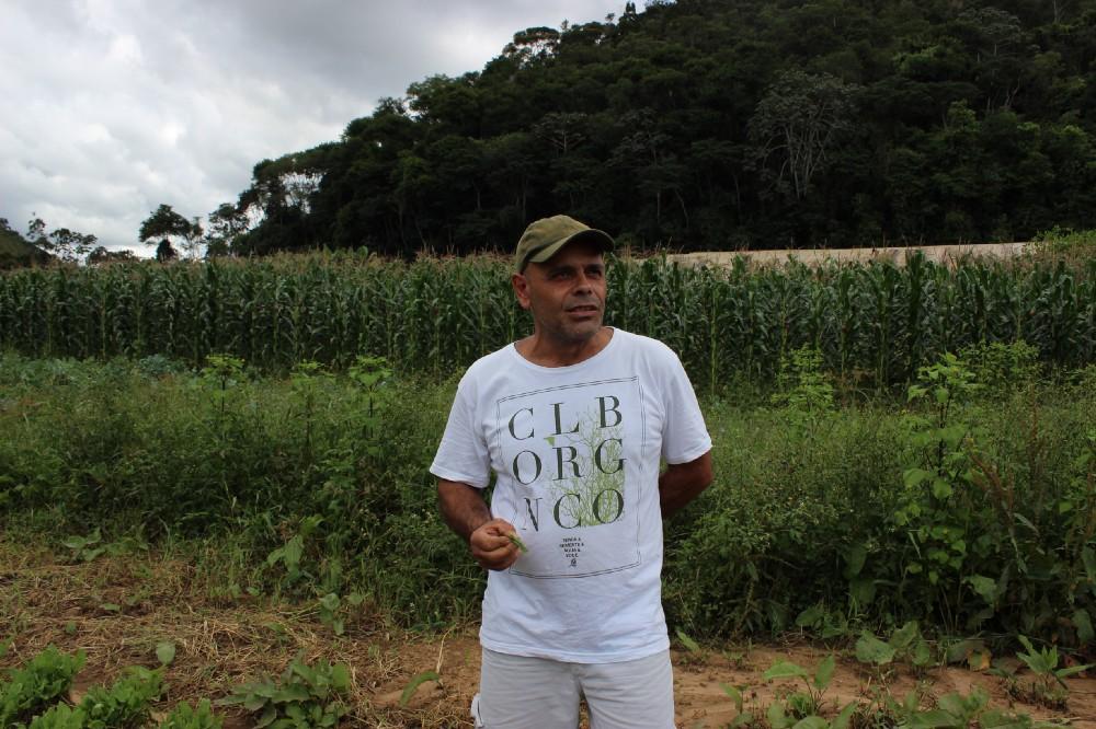 Este é o Renato Agostini, um dos mais antigos produtores do Clube Orgânico.