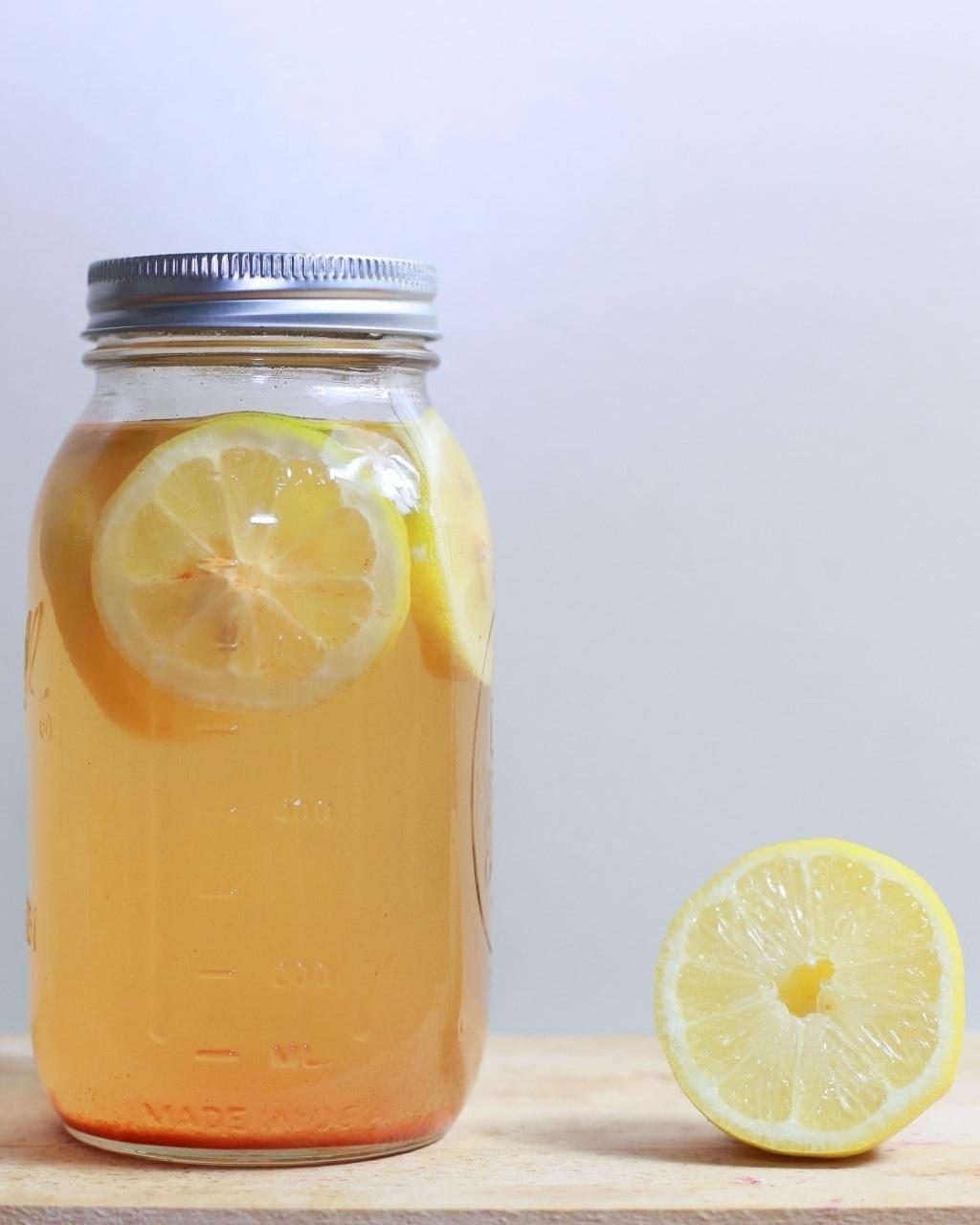 Desinfetante de limão e vinagre