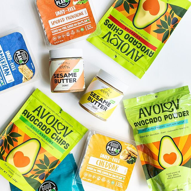 #GIVEAWAY We have teamed up with @eatseedible and @goodplanetfoods 100% dairy-free, gluten-free, and nut-free giveaway. Excited to try Good Planet Foods' plant-based cheese (made from coconut oil)!? The winner will receive a variety pack of cheese from @goodplanetfoods , each flavor of avocado chips and powder from @eatavolov , and (1) creamy and (1) chunky Seedible sesame butters!TO ENTER: ⠀⠀⠀⠀⠀⠀⠀⠀⠀ ⠀⠀⠀⠀⠀⠀⠀⠀⠀ 1. Like this photo ⠀⠀⠀⠀⠀⠀⠀⠀⠀ 2. Follow @eatseedible , @goodplanetfoods , and @eatavolov⠀⠀⠀⠀⠀⠀⠀⠀⠀ 3. Tag your snacking bestie below so they can enter too! ⠀⠀⠀⠀⠀⠀⠀⠀⠀ ⠀⠀⠀⠀⠀⠀⠀⠀⠀ BONUS: Regram this post or upload on Stories with #repost and tag @eatseedible @goodplanetfoods , and @eatavolov for more entries! ⠀⠀⠀⠀⠀⠀⠀⠀⠀ This giveaway is not affiliated with Instagram. Giveaway open through 7/13, the winner will be randomly selected & contacted via DM. Entries limited to the U.S. only. Must be 18+ to enter. Good luck everyone!