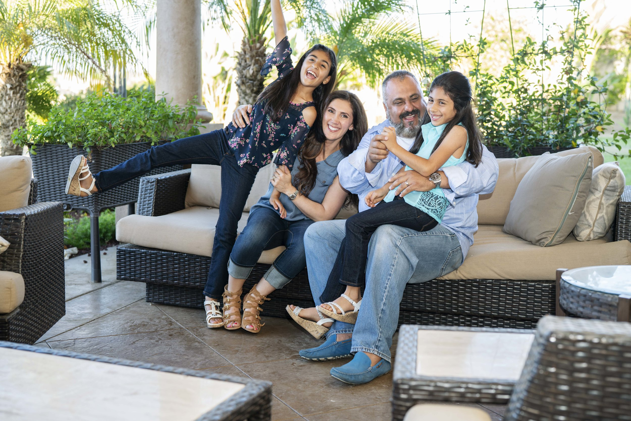 Ali_Family_Portraits_29-min.jpg