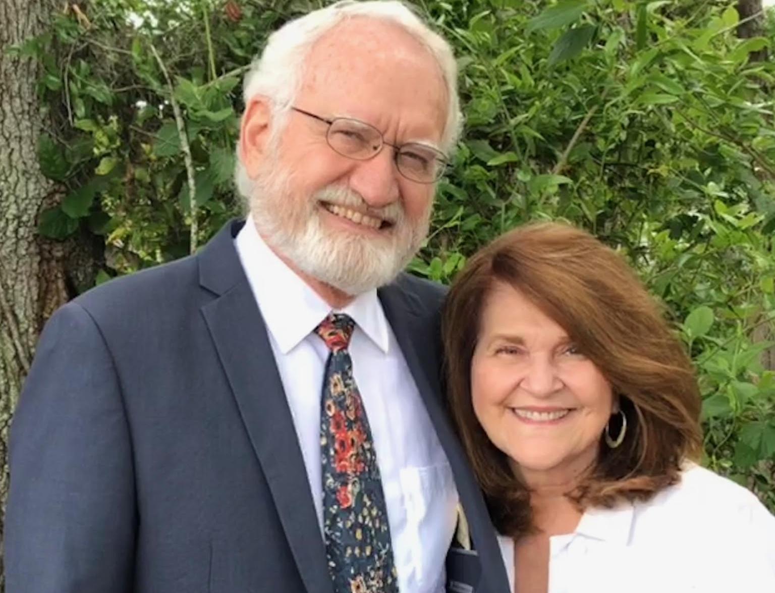 Roger and Carol.jpg