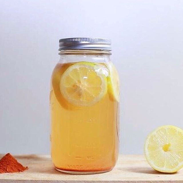 Kombucha. A drink that supports your gut health, immune system and is just darn tasty! But did you know that you can make this fantastic drink for PENNIES at home!? 🌟  We're learning how with @sue_petersen_nutrition on Wednesday, Sept 18th from 6:30-7:30 pm! Come learn about the benefits of this delicious mysterious beverage and how you can make your own flavored Kombucha. 🌟  Do you have a favorite flavor? Comment below!
