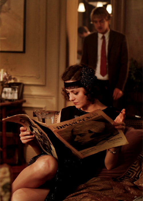 "Marion Cotillard's headband in ""Midnight In Paris"" = something I really really want."