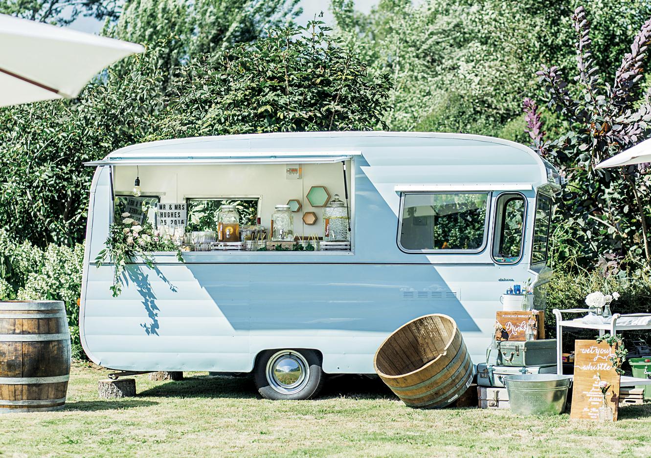 Bride & Groom Mag Liah & John's WEDDING 21.jpg