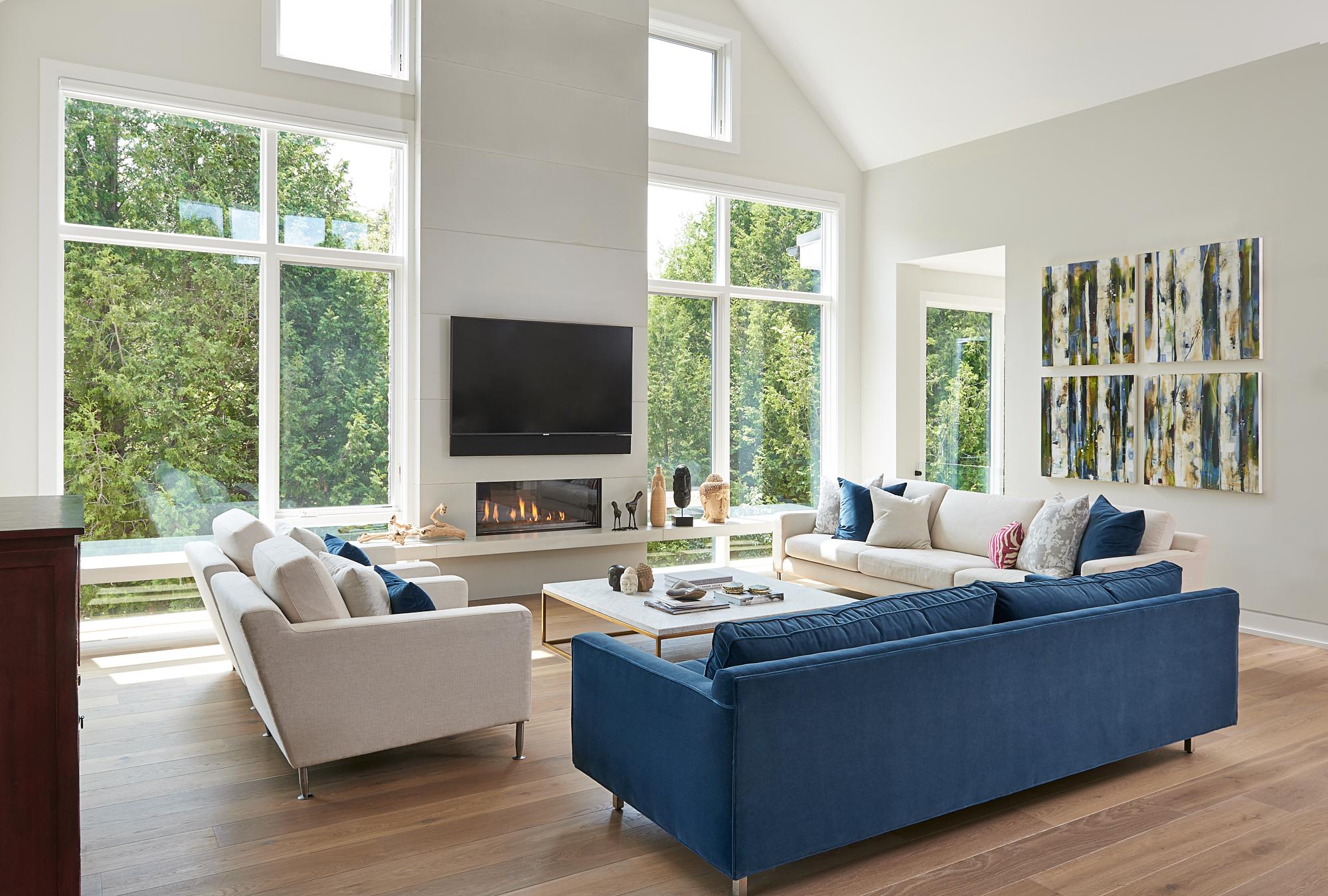 Uxbridge-open-space-design-pwr-custom-home-build.jpg