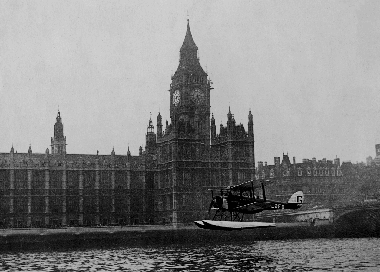 Sir Alan Cobham touching down in 1926, as he returns from his England to Australia flight