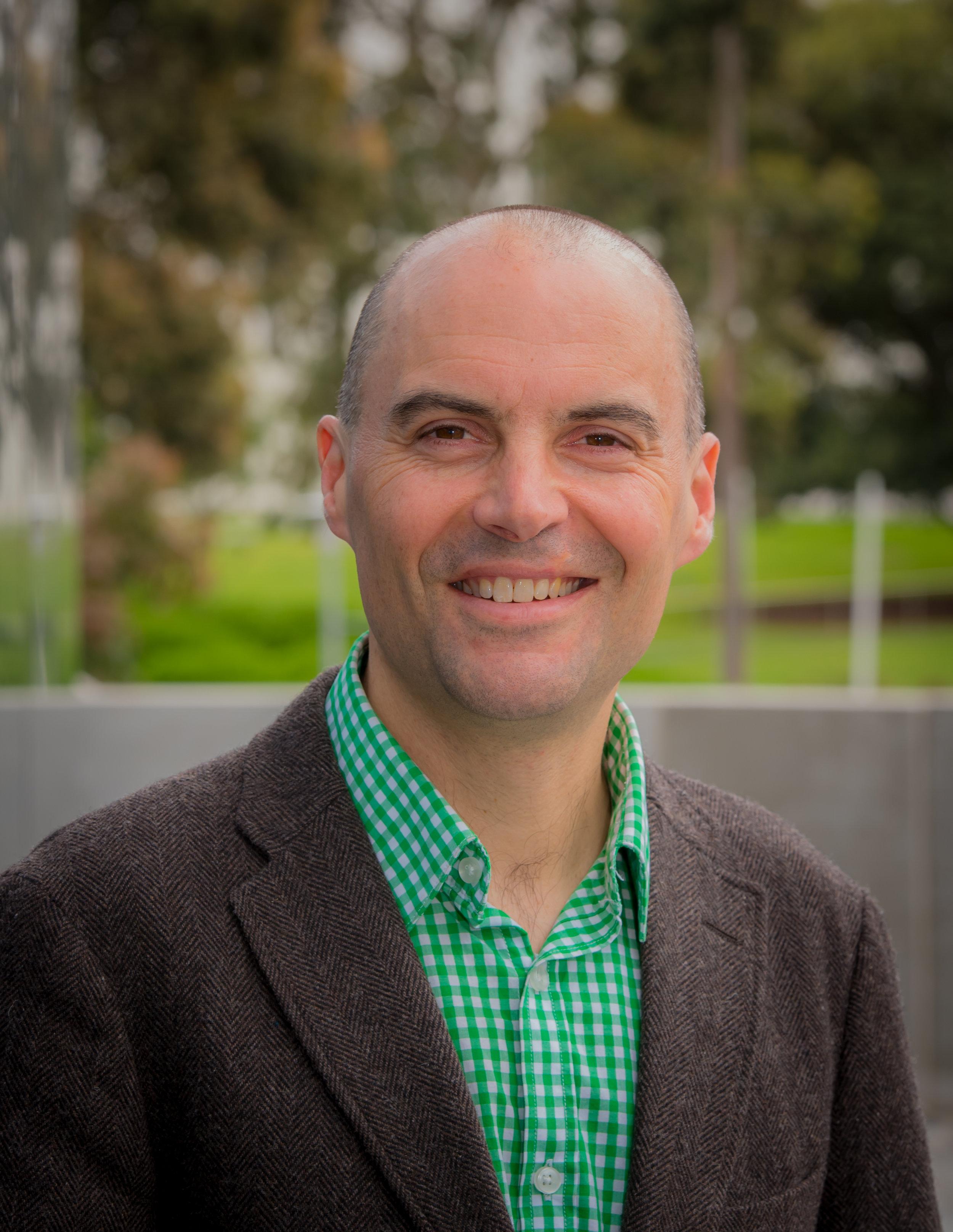 Associate Professor Andrew Singleton