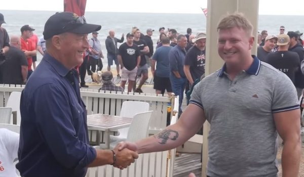 Fraser Anning and Blair Cottrell shake hands at a neo-Nazi/far-right rally in St Kilda, January 2019.  Image:  slackbastard