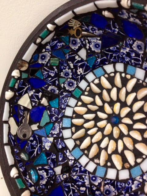 photo-of-mosaic-art-bowl-by-David-Nicholls-artist-portland-dorset.jpg