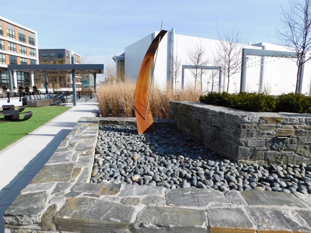 THE WAVE MODFOUNTAIN - Rooftop ammenity Deck MOSAIC DISTRICT FAIRFAX VA. Landscape by E-landscape specialty solutions