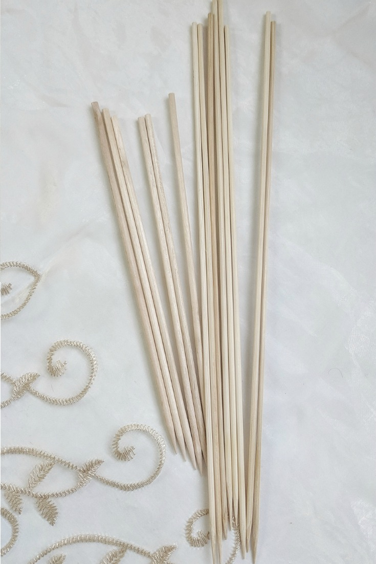 """Above:  Left and right; 8"""" birchwood skewers and 12"""" bamboo skewers respectively. The birchwood skewers are thicker. Both are reasonably priced and are available online, at supermarkets and stores."""