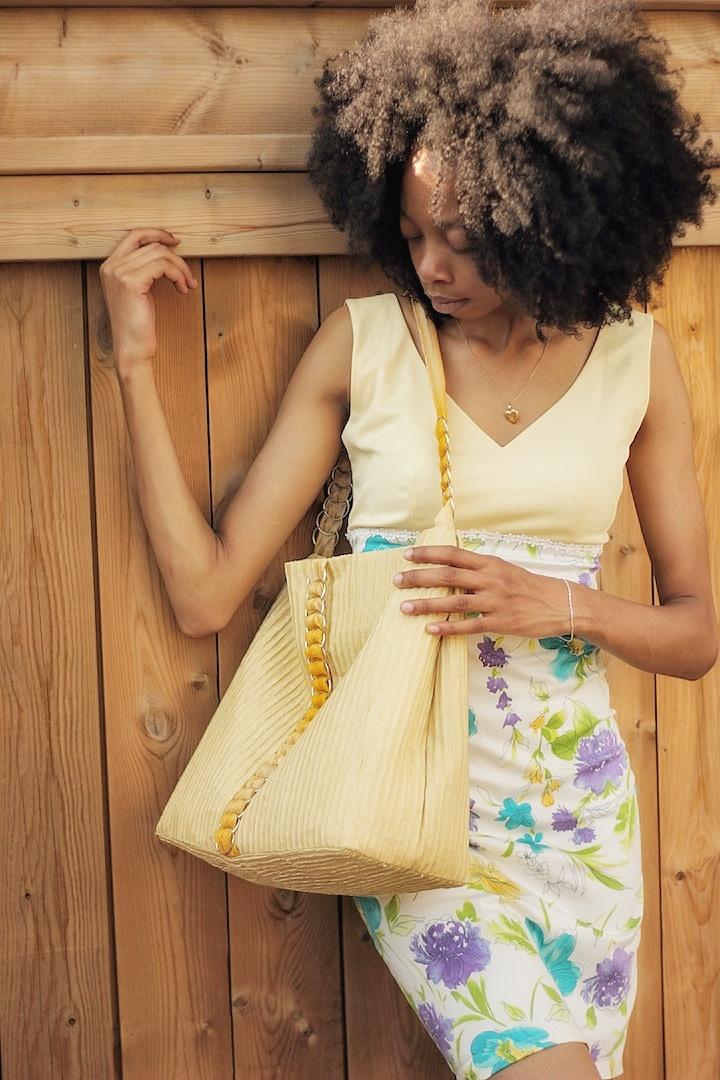 diy-fabric-handbbag-shoulder-tote.jpeg