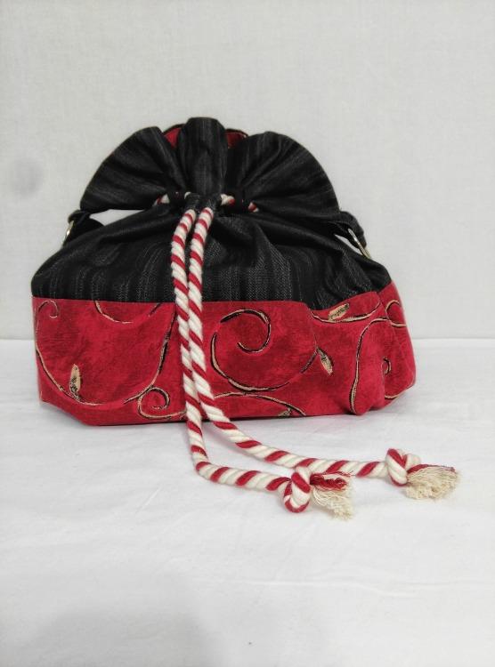 black-red-drawstring-bag.jpg
