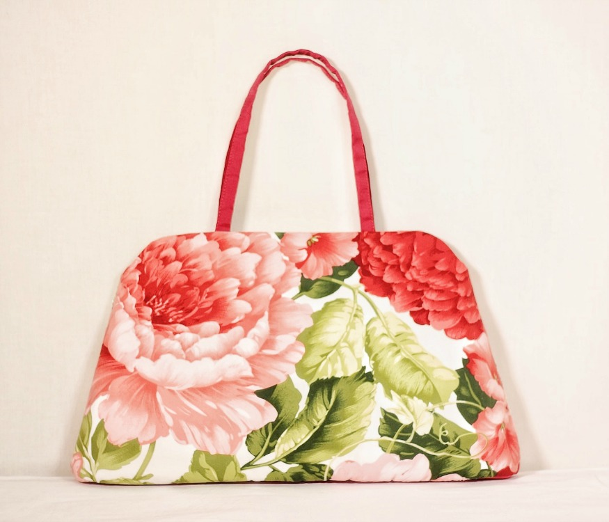 flora-summer-tote-red-handles.jpg