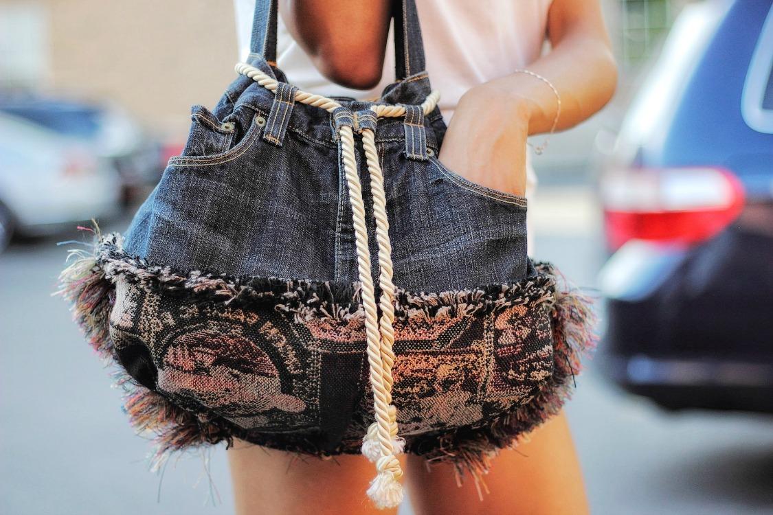 repurposed-jeans-bag-drawstring.jpg