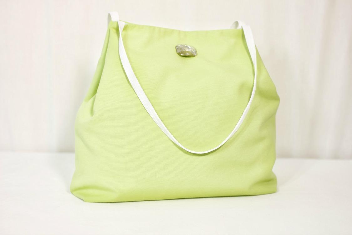 Above:  DIY Fabric handbag: Summer  tote made with 100% cotton drapery fabric.