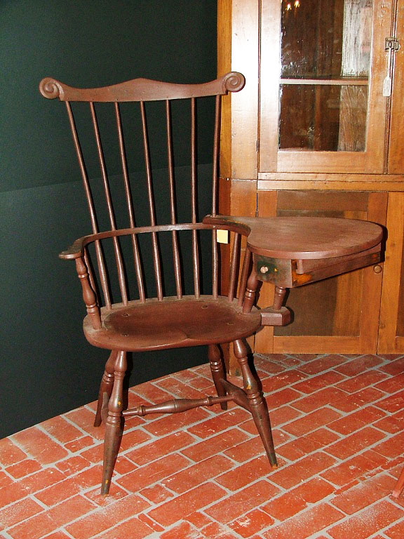 Left Handed Writing Chair