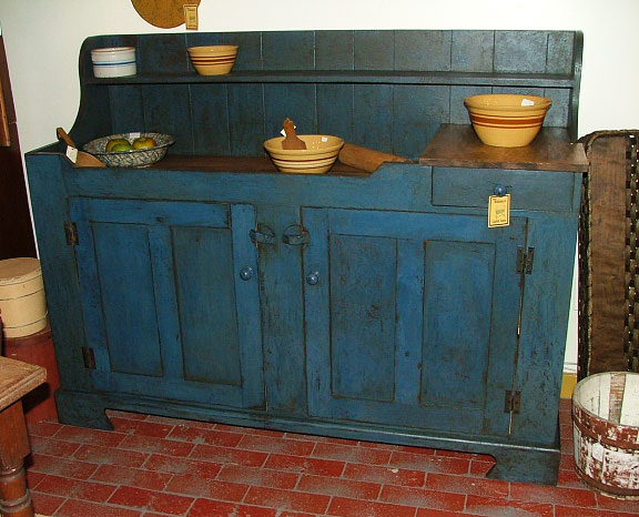 Traditional Dry Sink