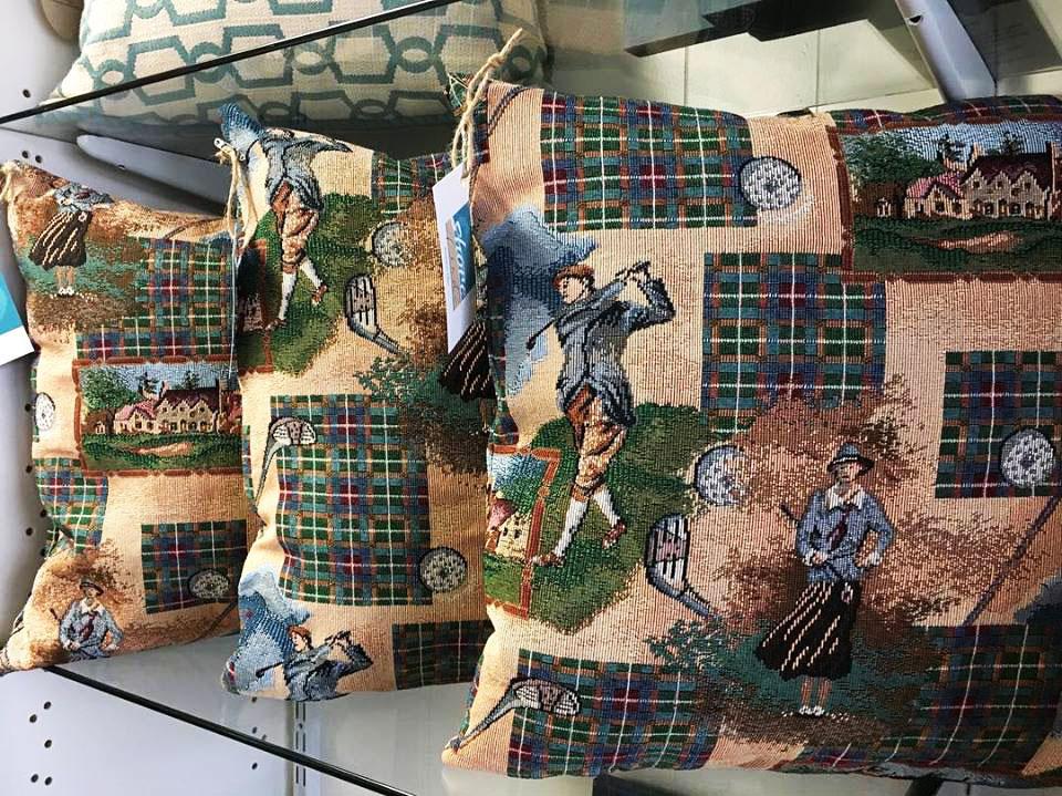 Golf_Pillows.jpg