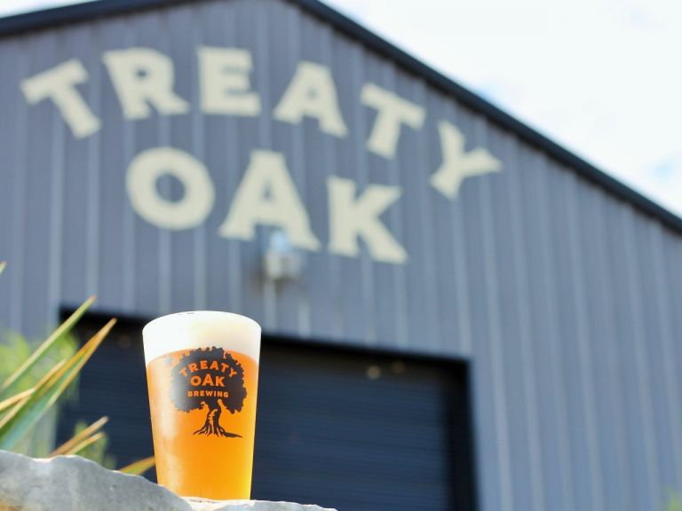 treaty-oak-brewing-pint.jpg