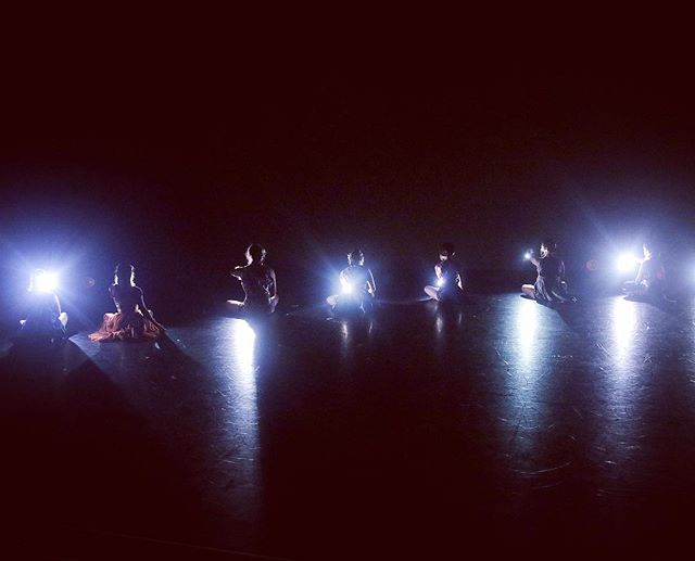 Two more nights left to see @thepilotdanceproject 's The Sky Was Wild With Sunshine by @ashleyhorndance_and_design ! Come see this thoughtful, and at times mysterious, dance work! Tonight and tomorrow night at @matchouston ! #yaydance #houdance #houarts #pilotdanceproject #houfringefest2018