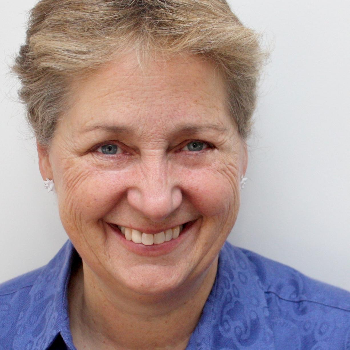 Vivian Loftness - Committee Co-chairProfessor at Paul Mellon University, Former head of Architecture at Carnegie Mellon University