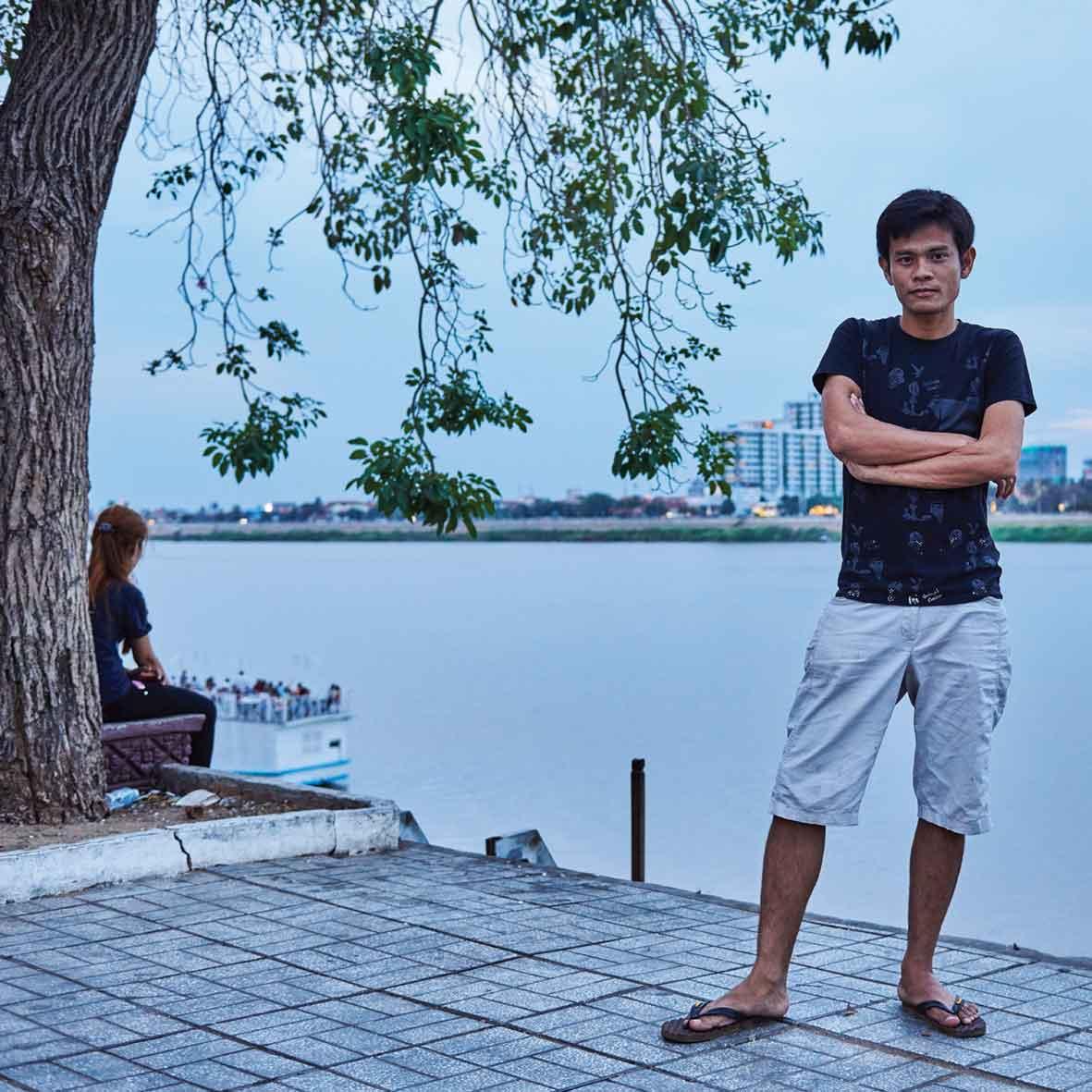 1.-Sometimes-Me_-Ong-Sowoint-Pianei_1000x700mm.jpg