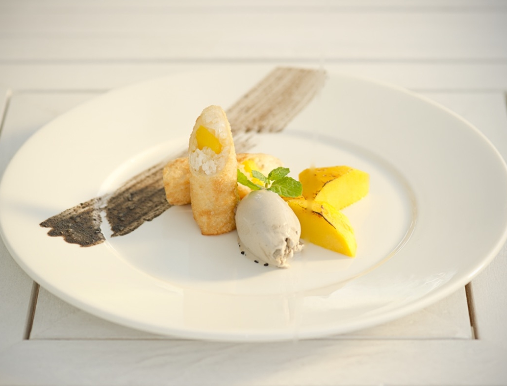 Mango_sticky_rice_spring_roll_black_sesame_ice_cream.jpg