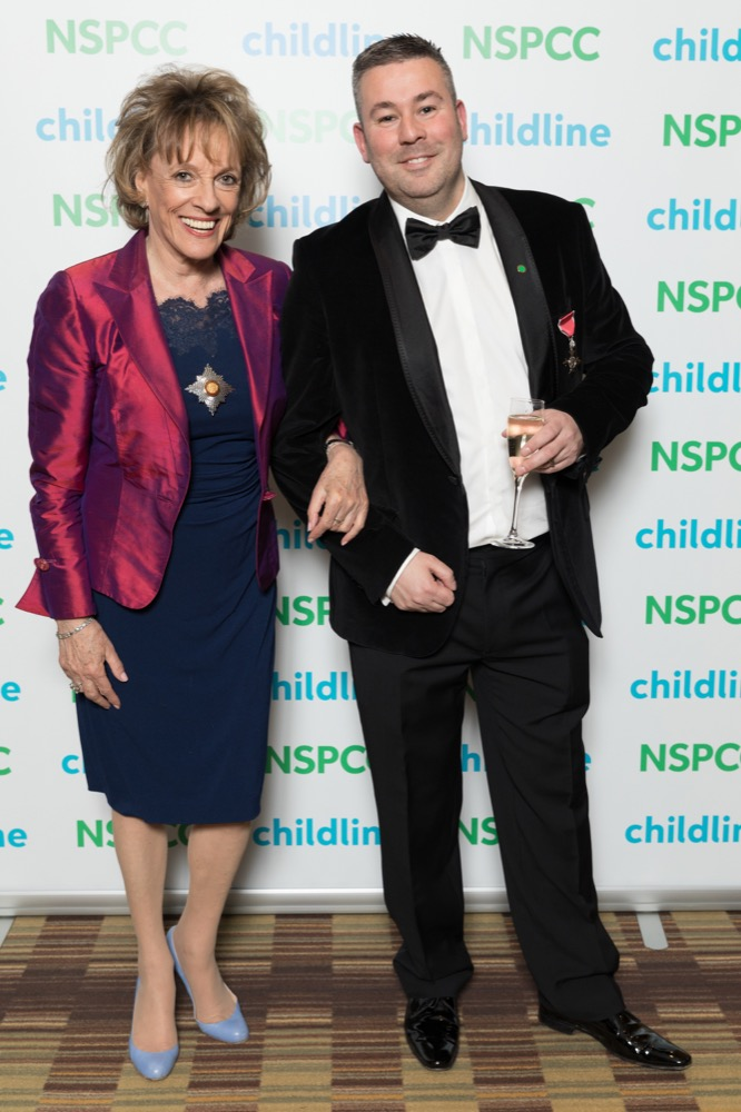 Michael_Josephson_6_Esther_childlineball_hiltonmanchester_024.jpg