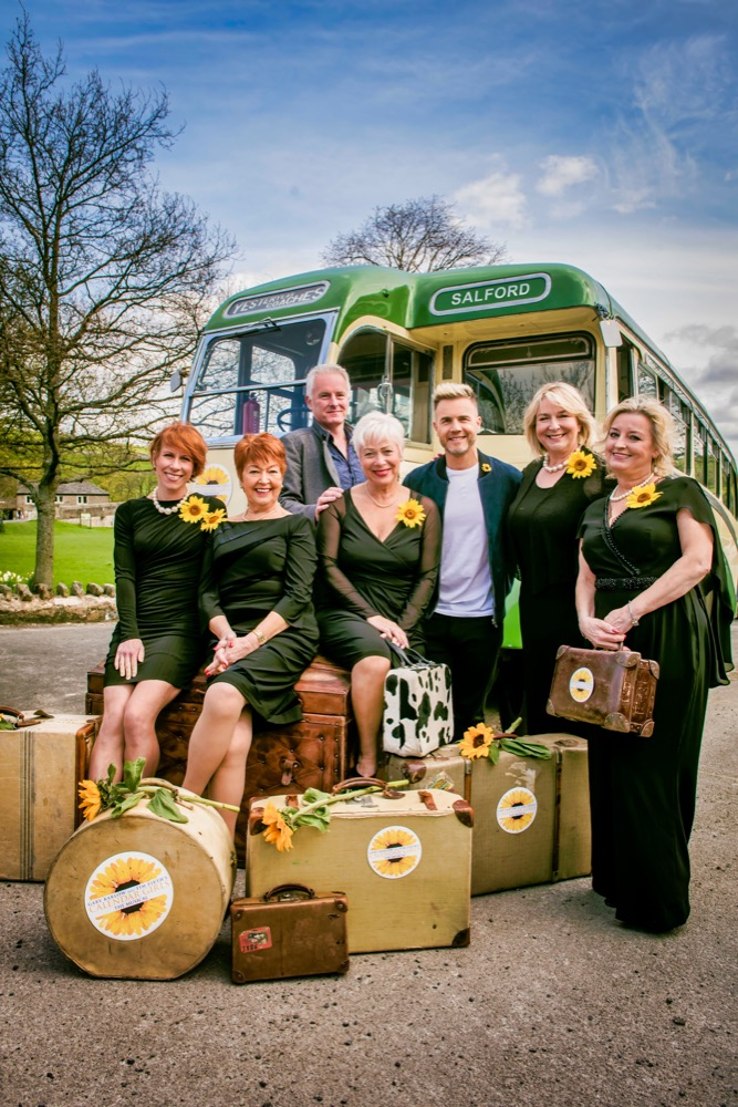 CalendarGirlsMusical_LtoR_Anna-Jane_Casey_Ruth_Madoc_Tim_Firth_Denise_Welch_Gary____.jpeg