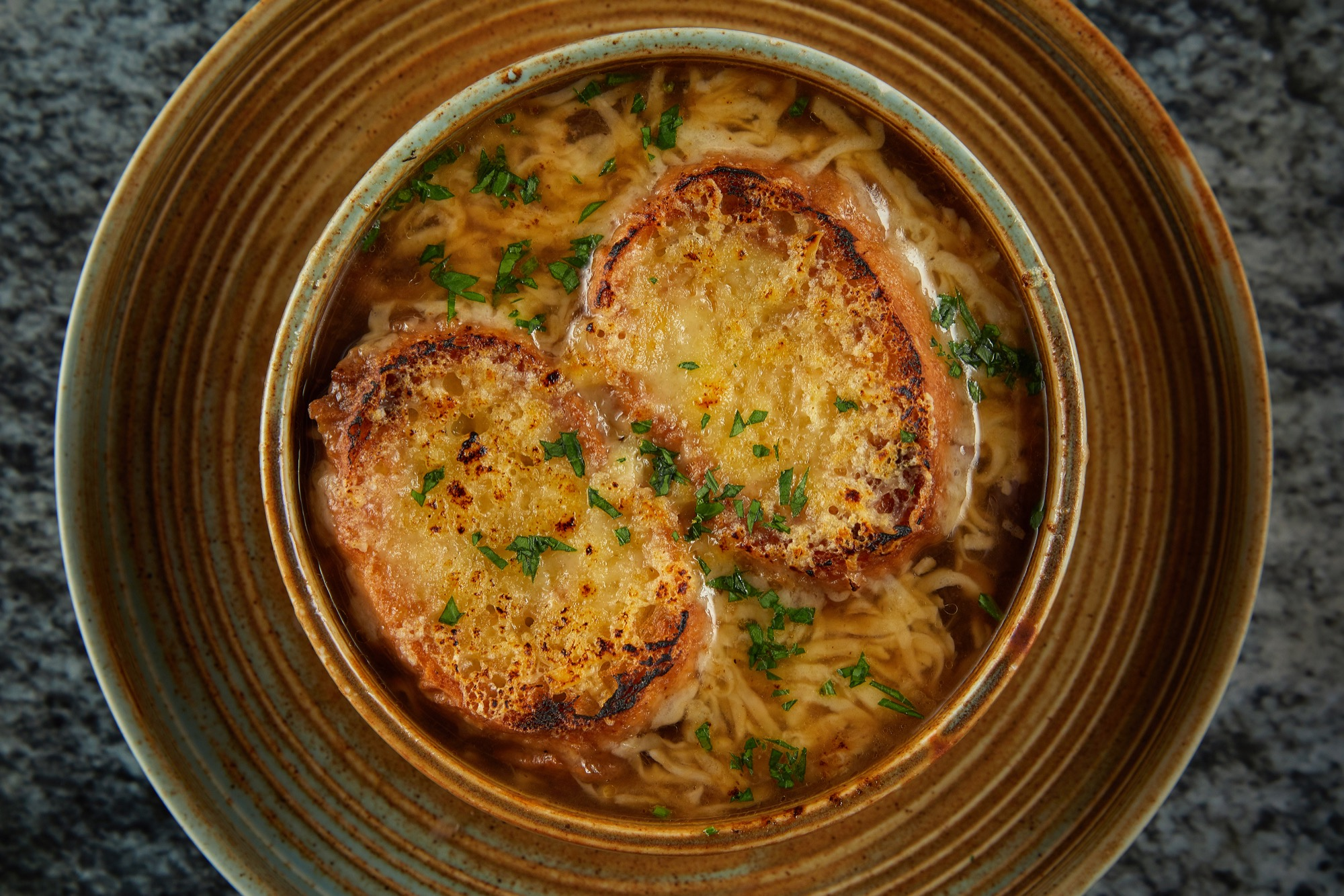 French_onion_soup_Ind_Restaurants.jpg