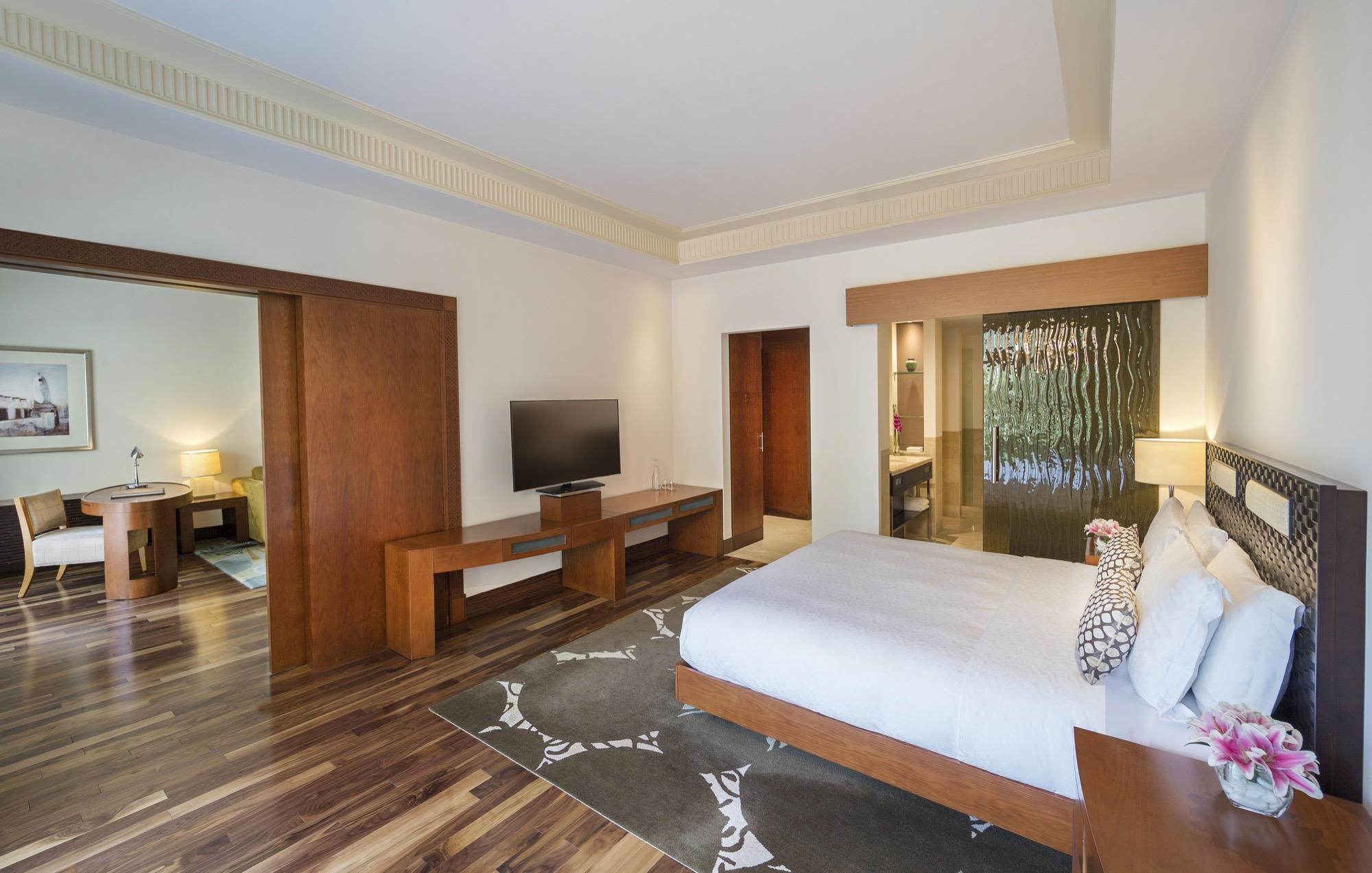 Hyatt-Grand-Doha-Grand-Suite-Living-Room-Bedroom-119.jpeg.jpg