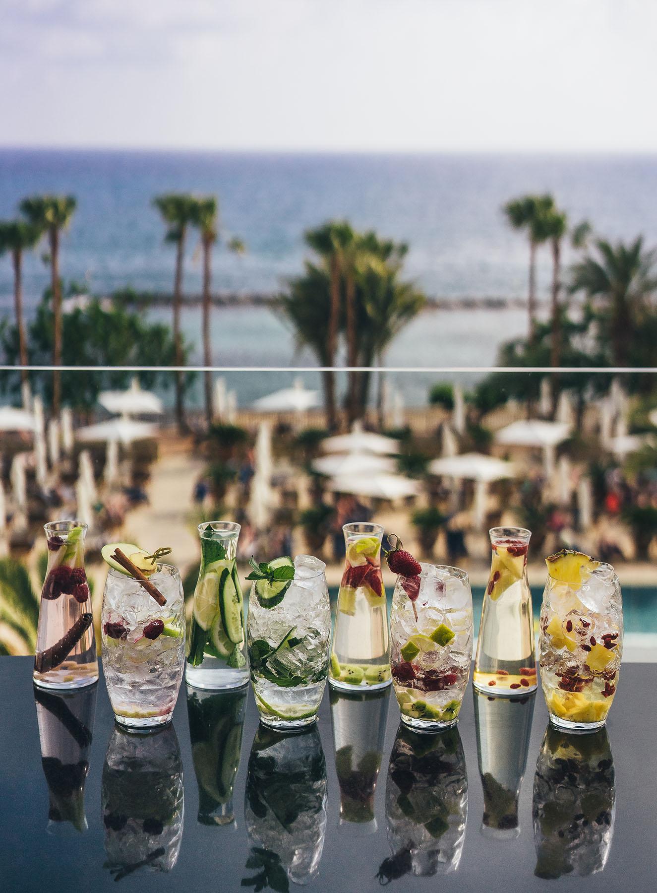Annabelle_Ouranos_-_Infused_Water_(Lemon__Cucumber__Mint_-_Pineapple__Goji_berries_-_Kiwi__strawberries__lime)_(4).JPG