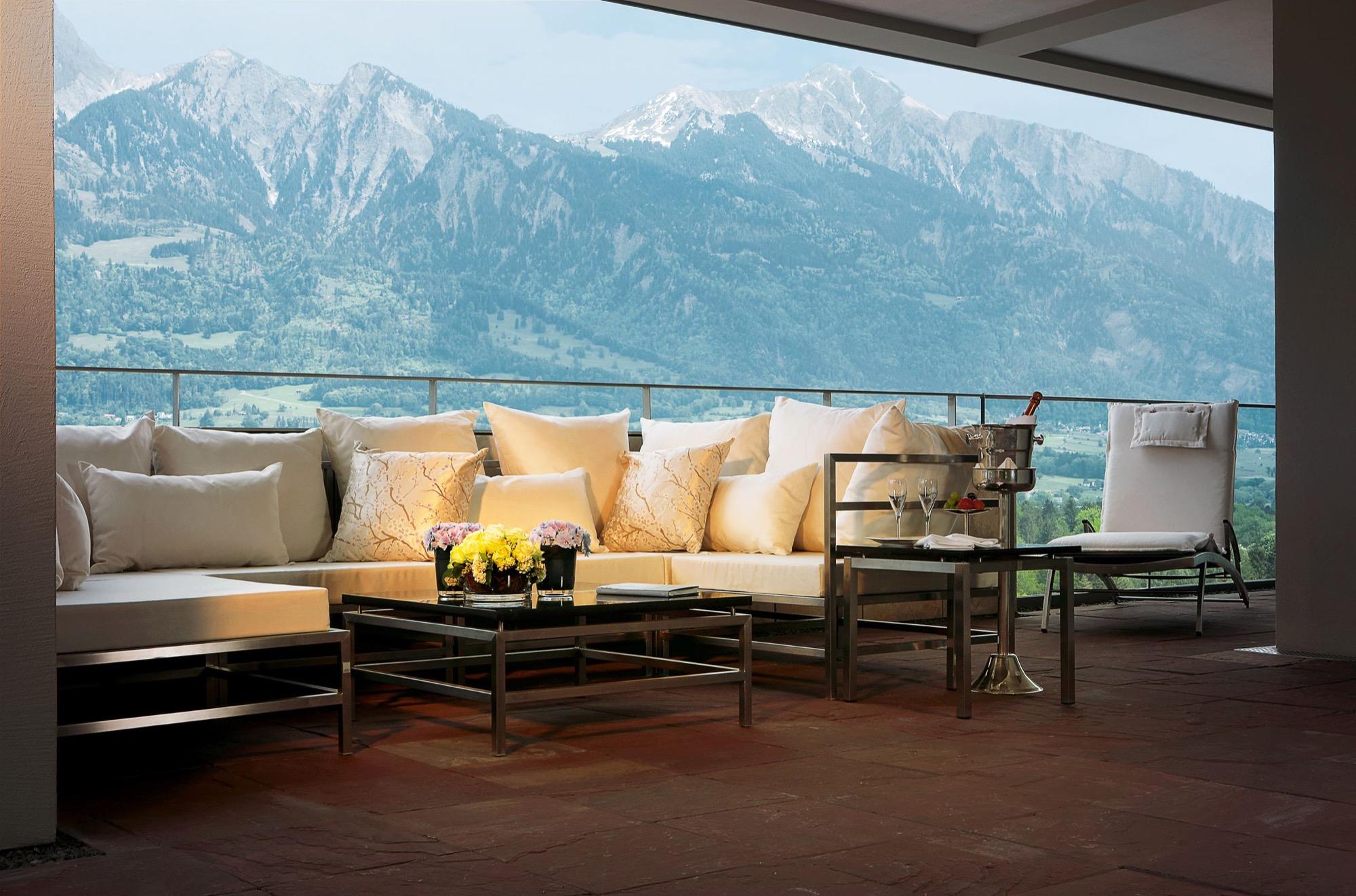 SpaSuites_Penthouse_Balkon_Lounge.jpg