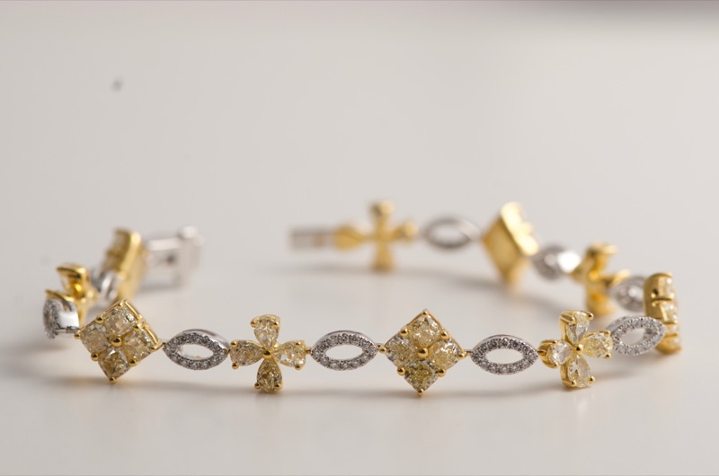 HR SHAPIRO & CO 1980s ladies bracelet.jpg