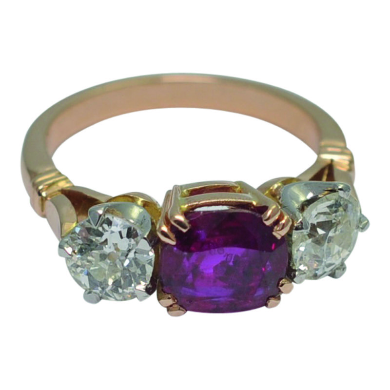 HR PLAZA RUBY BURMA DIAMOND RING cmyk.jpg