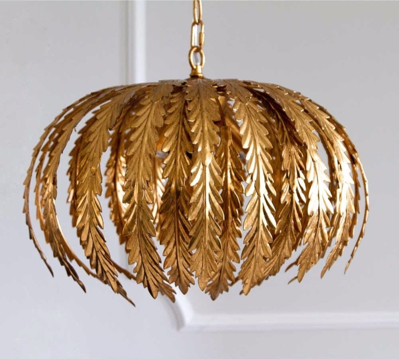 lazenby-gold-pendant-light-7_1.jpg