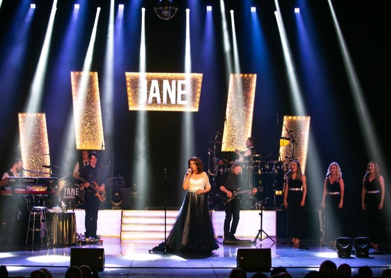 Jane-McDonald-2018-Tour-396.jpg