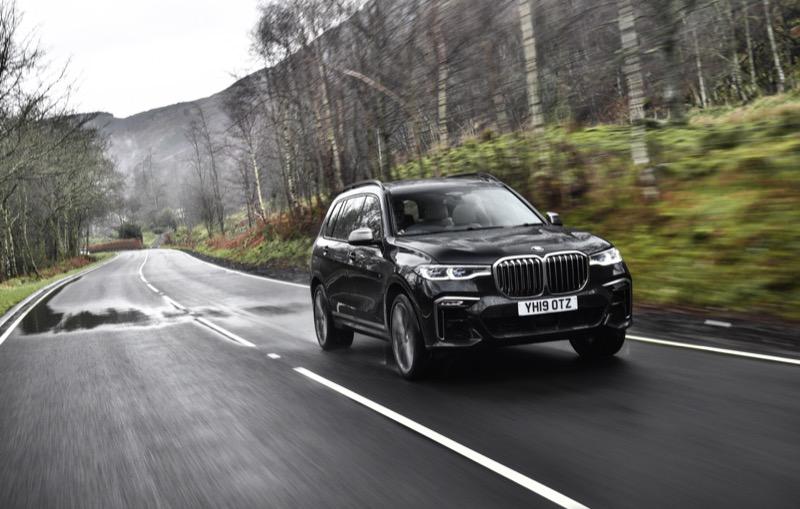 BMW_X7_M50d_(1).jpg