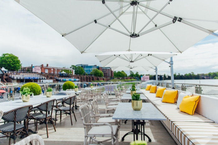 The fabulous roof terrace of Parade.jpg