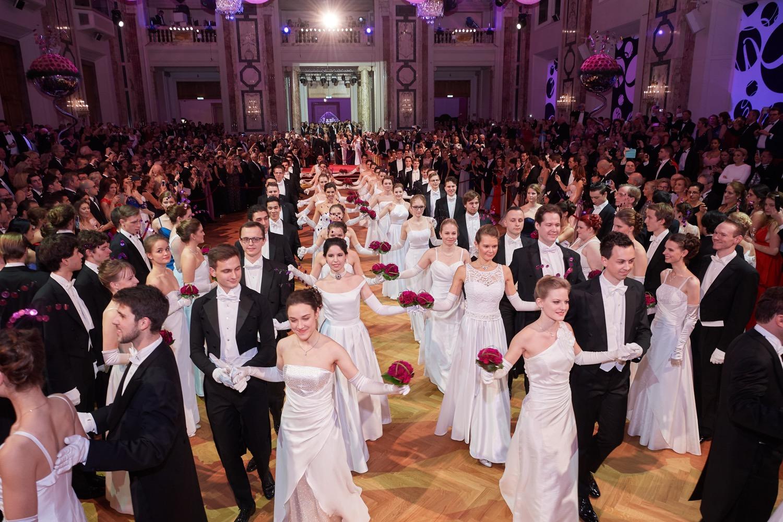 The Silvesterball Vienna  courtesy © HOFBURG Vienna.jpg