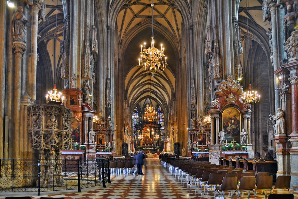 St Stephen's Cathedral, Vienna - The Cheshire Magazine luxury lifestyle