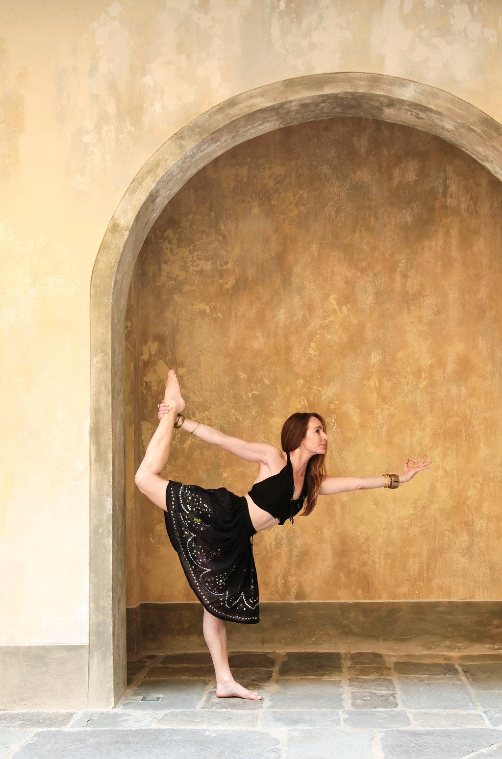 FLORENCE-yoga2.jpg