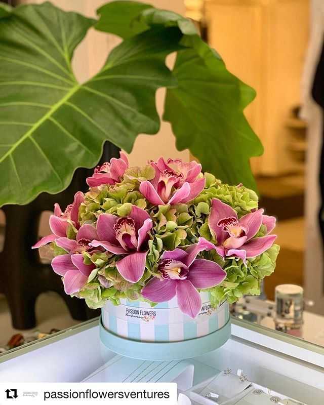 We're inspired everyday by the amazing designs from our customers 💚 . This beauty comes from our good friends @passionflowersventures - It's a true pleasure to work with Maryanne. Dedicated and Graceful, we do whatever it takes for her! . . Featured Cymbidium Variety: Pink Princess . .  #customerfamily #cymbidiumcouture #giftformom #mothersdaygifts #customerlove #lovewhatyoudo